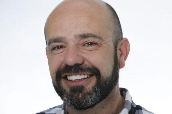 Antonio España: Carillas Dentales DSD