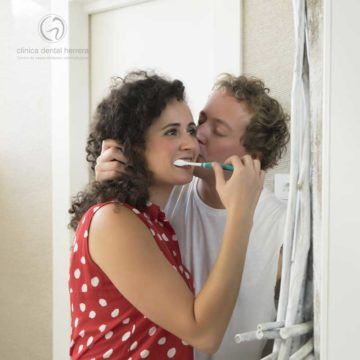 Los beneficios de besar para la salud bucodental