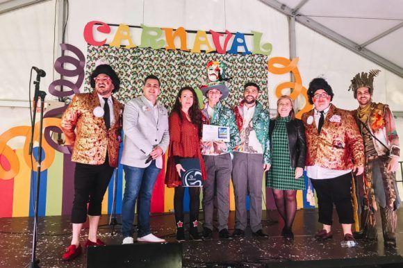 Clínica Dental Herrera Patrocina Mejor Pasodoble de Carnaval dedicado a Vélez-Málaga