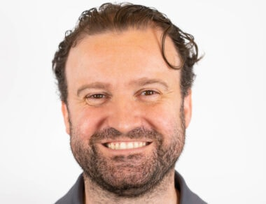 Dr. Manuel Román